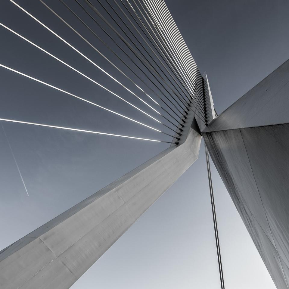 5 Major Differences between Regular and Custom Steel Fabrication