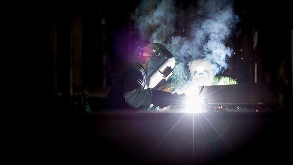 Advantages and Challenges of Mobile Welding